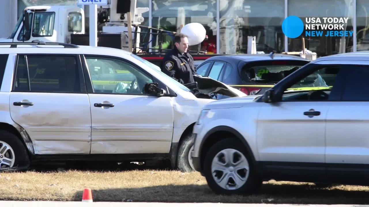 Three killed in multi-car crash on Route 23 in Wayne