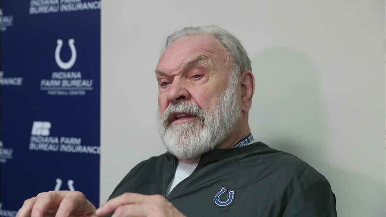 Howard Mudd's back to coaching again because Colts have Frank Reich, Chris Strausser