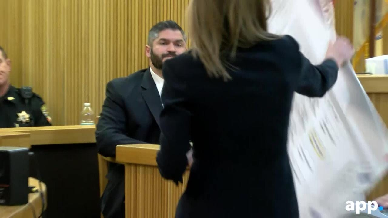 Detective John Sosdian, testifies that Liam's phone indicated the stopwatch app was used on the day of Sarah's disappearance