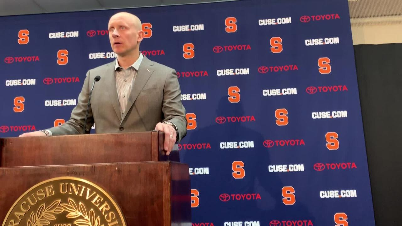 Louisville basketball coach Chris Mack criticized the Cardinals' offense in a press conference after the Cardinals' loss to Syracuse.