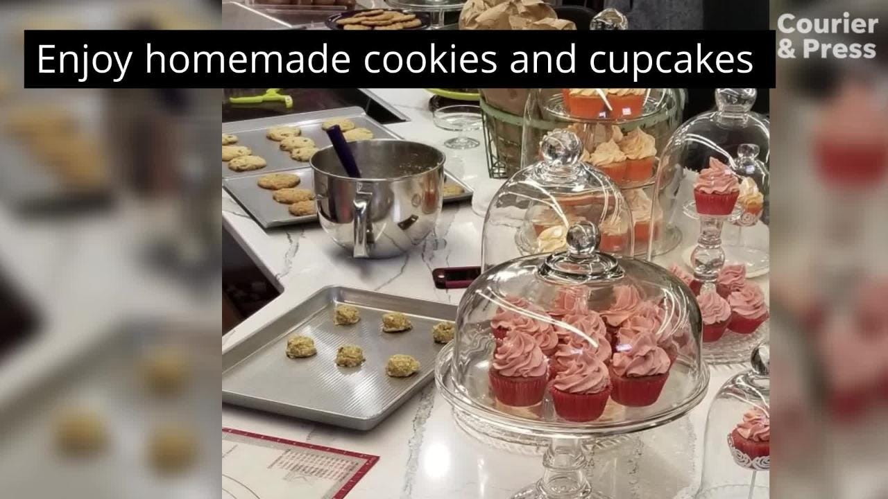 New Harmony kitchen and gift store adds fresh baked goods
