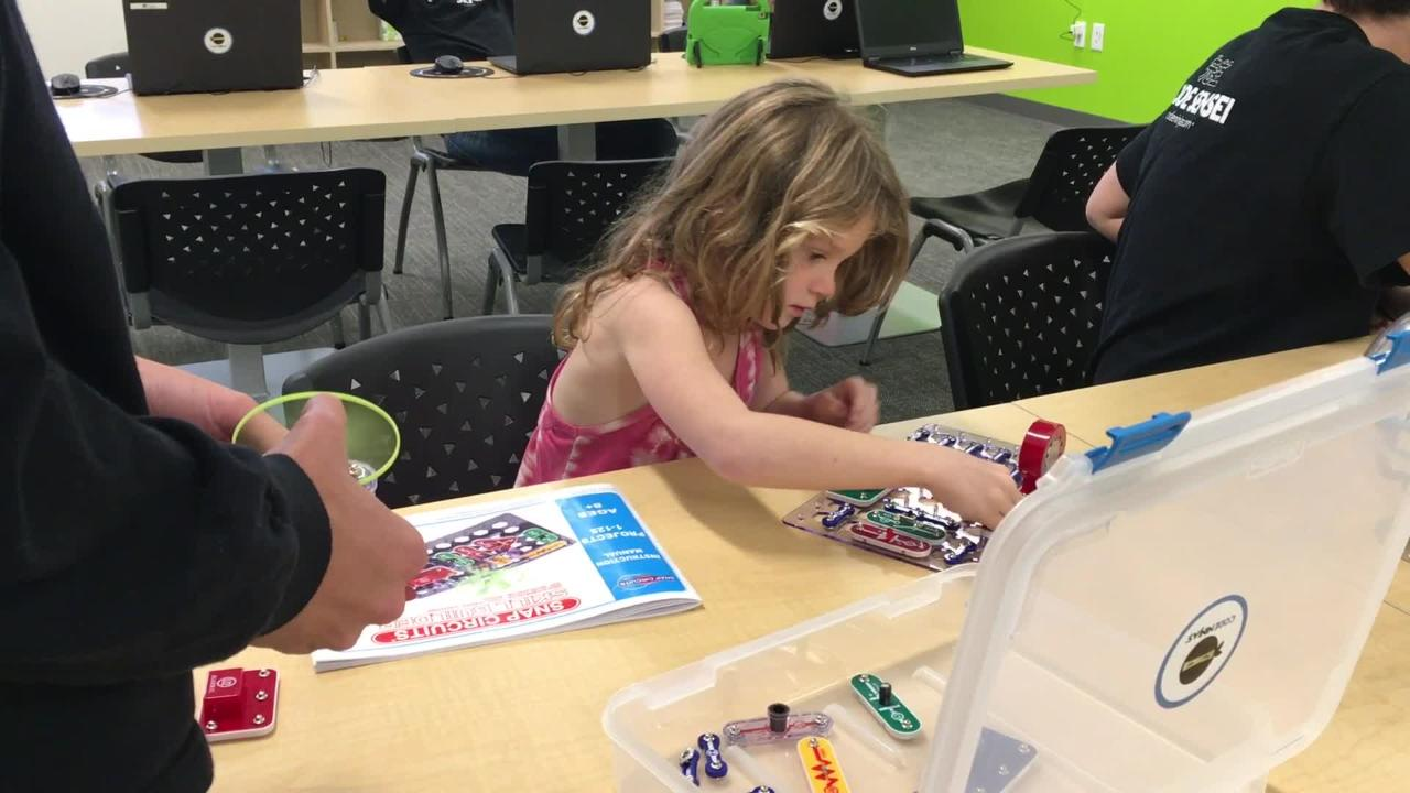 Thousand Oaks has the first Ventura County location of Code Ninjas, which teaches kids to create their own video games.