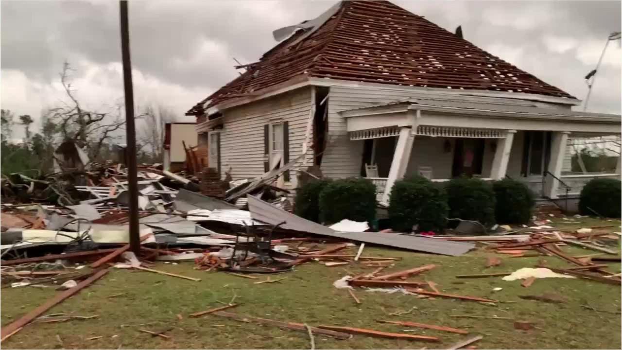 Amazing Tornado In Alabama Storm Takes Beauregard Familys Home Home Interior And Landscaping Oversignezvosmurscom