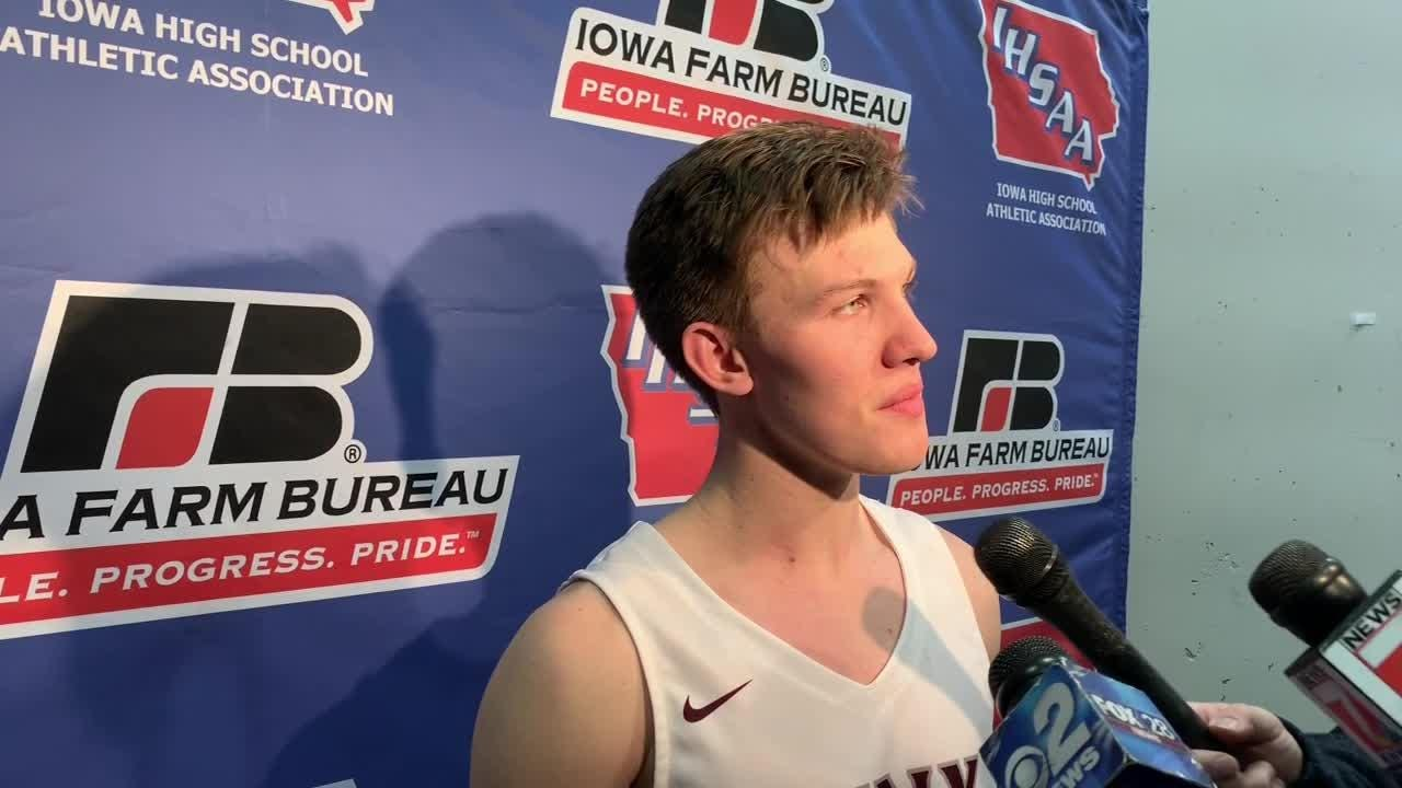 Iowa's all-time prep assists and steals leader, Jake Hilmer scored 34 points in leading North Linn to a rout Tuesday of Des Moines Christian.
