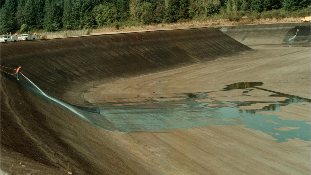 New bills pending in the Legislature would rewrite the laws governing construction, inspections and enforcement authority for hundreds of state-regulated dams.