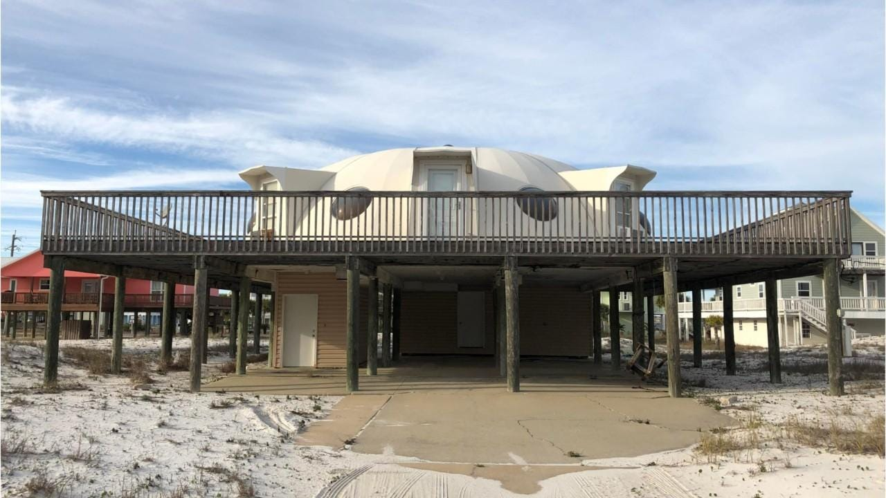 Navarre Beach Spaceship House For Sale Gulf Boulevard Home Has