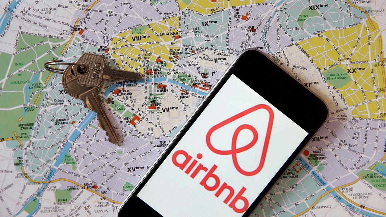Airbnb is buying HotelTonight