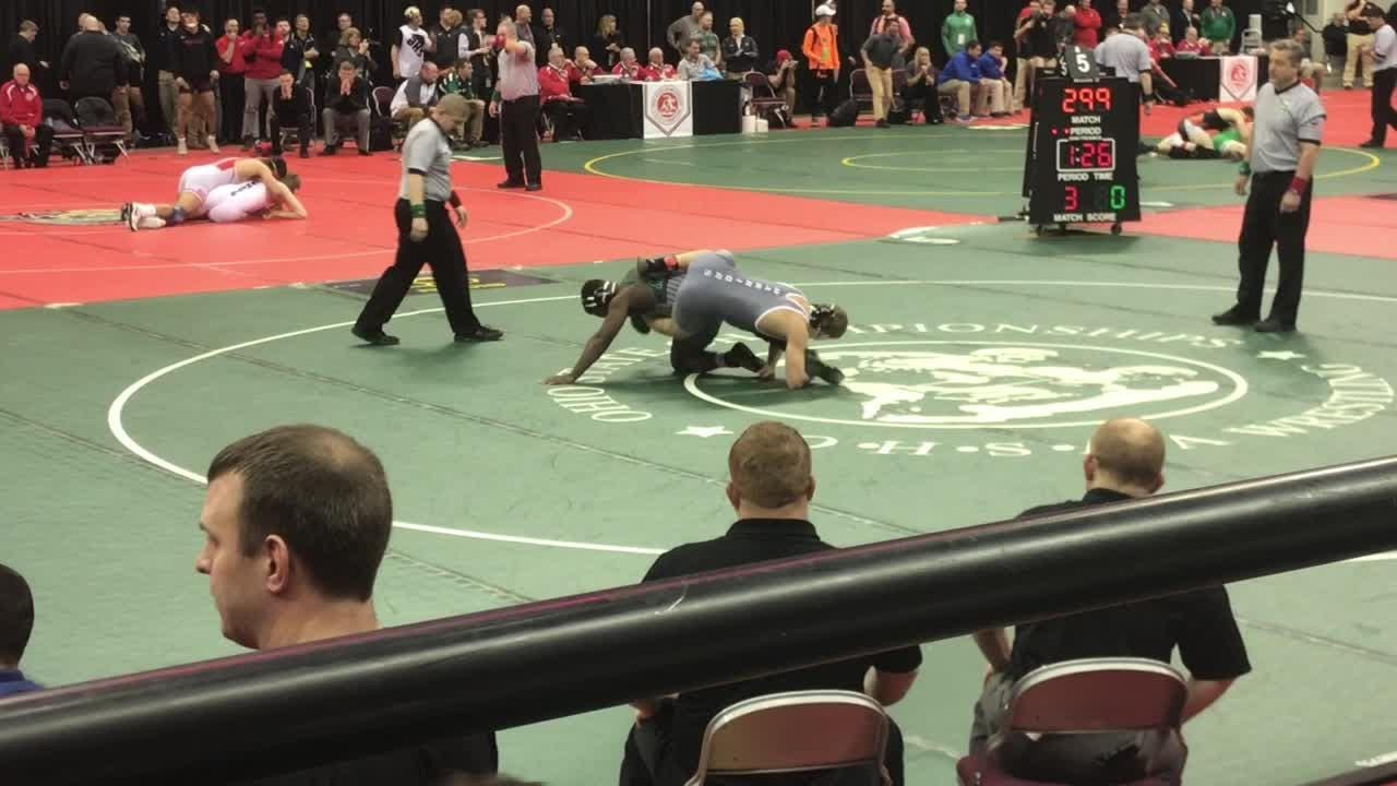 Cole Foor advanced to the Division I quarterfinals with a first-round victory.