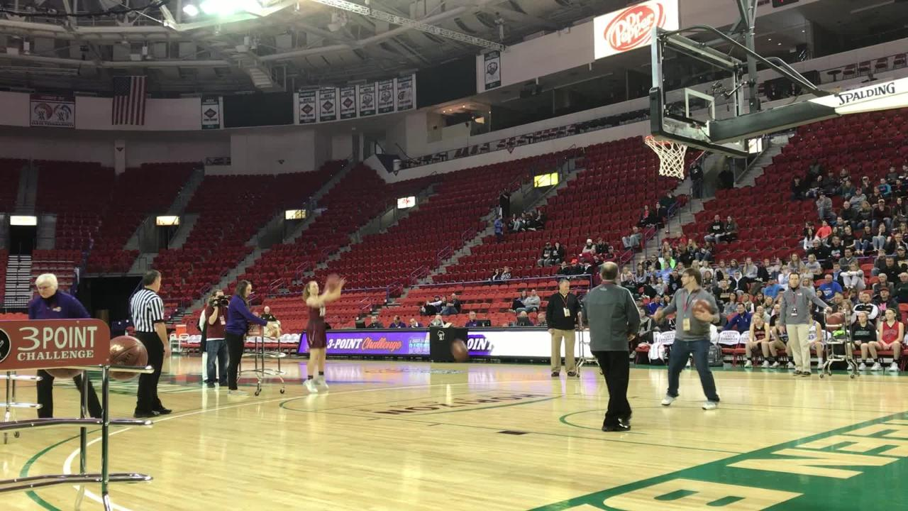 De Pere senior Natalie Cerrato finished fourth in the WIAA girls basketball 3-point Challenge on Saturday at the Resch Center.