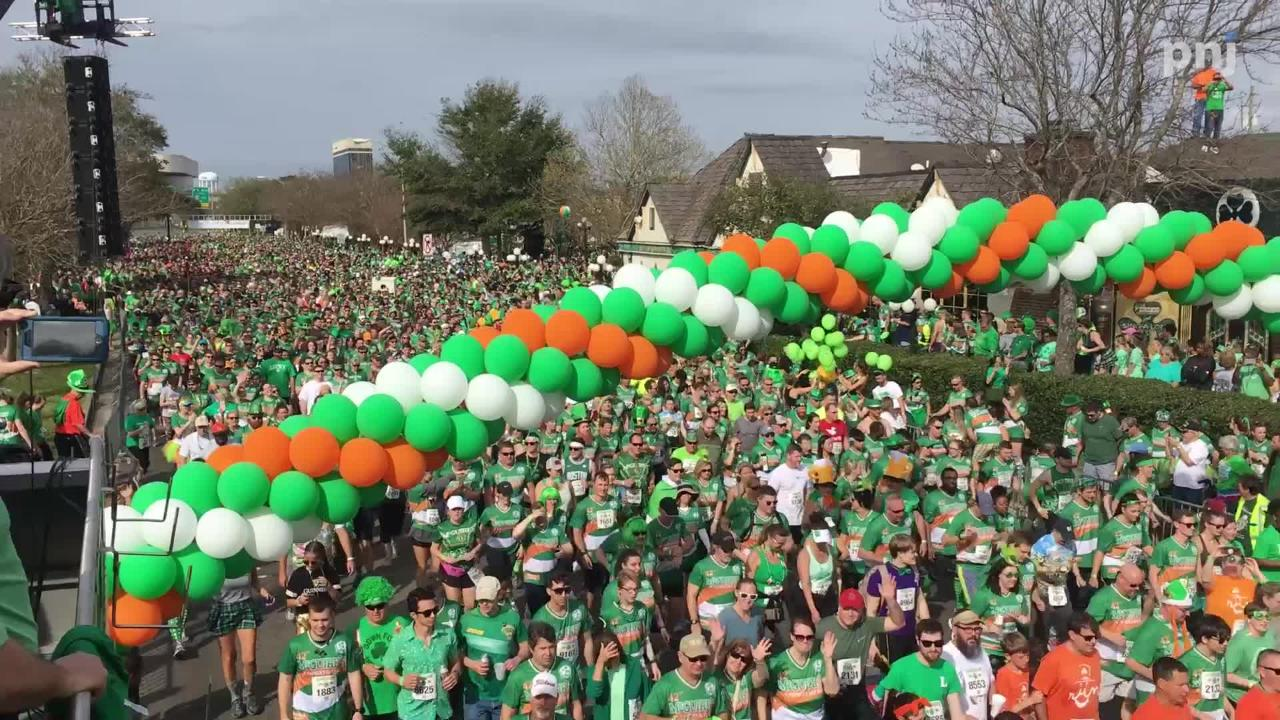 Watch as hundreds of runners kick off the McGuire's 5K run.