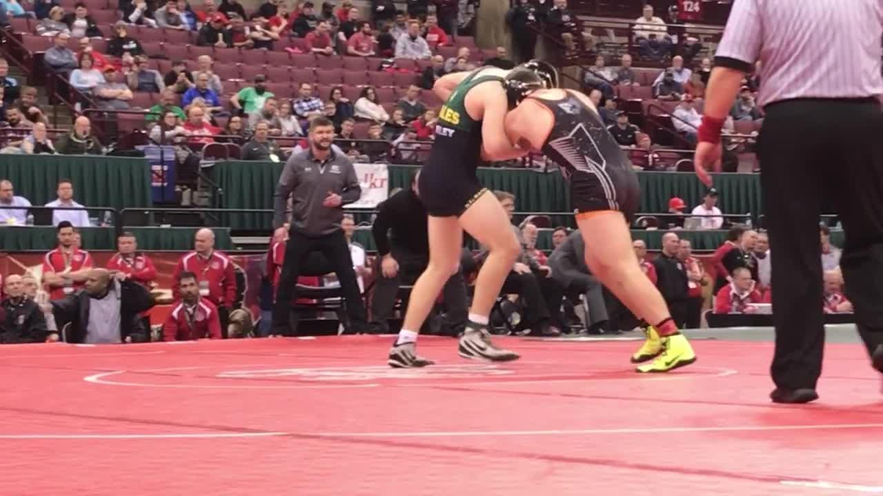 Ashland senior Josh Bever wins a DI state wrestling title with a takedown with 12 seconds left