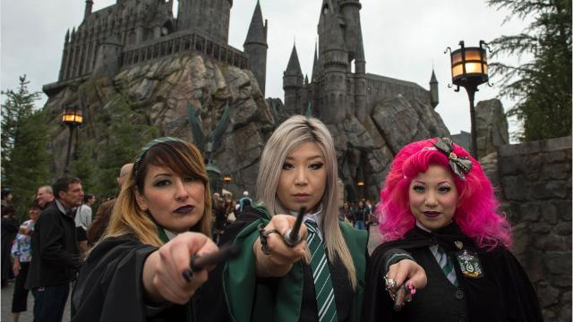 6a2ccd4311 12 ways to have the best time at Wizarding World of Harry Potter