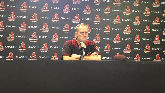 Lovullo reacts to the D-Backs' loss to the Nationals