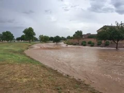 Inundación en San Tan Valley