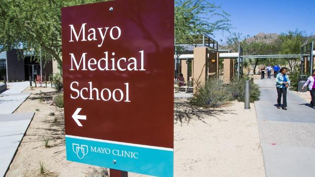 Mayo Clinic School of Medicine welcomes students