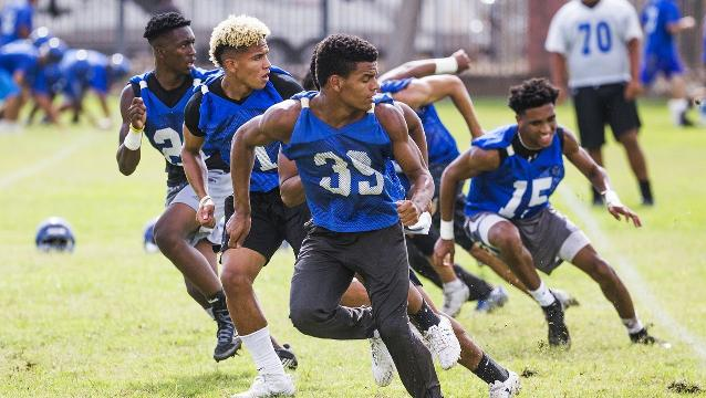 Hamilton, Chandler open football practice under different spotlights