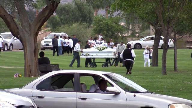 Procesión fúnebre de las víctimas de la inundación en Payson, AZ