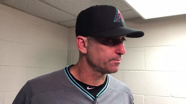 Torey Lovullo on miscues, Descalso's pitching in 16-4 loss to Cubs