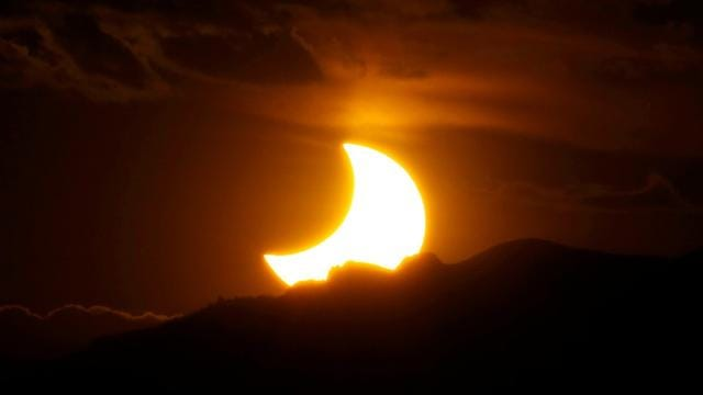 8 tips for watching the Aug  21 solar eclipse