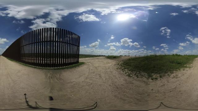A 360 degree look at the first border fence closest to the Gulf of Mex