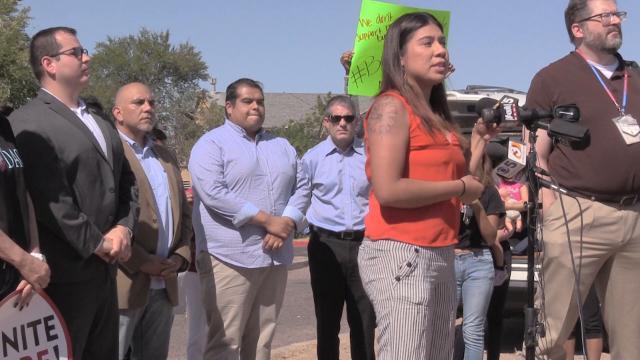 Directora del Centro de Liderazgo Comunitario urge un boicot contra Motel 6