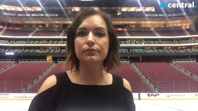 Coyotes insider Sarah McLellan looks at the plus and minus in Saturday's 4-2 loss to the Blackhawks.