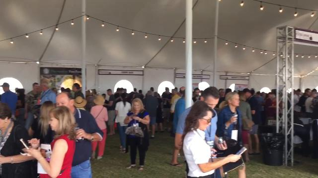 Hungry foodies at the 2017 azcentral.com Food & Wine Experience