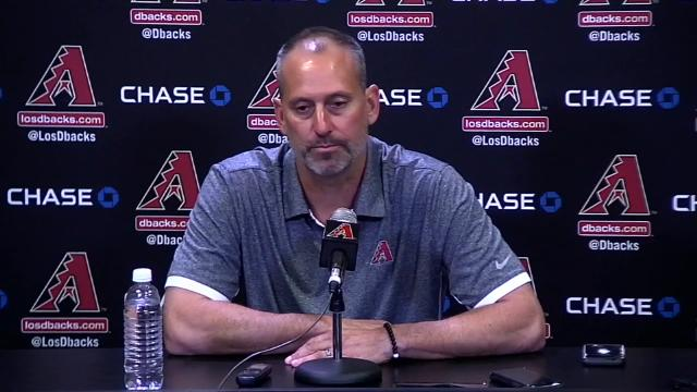 Lovullo on winning award after father's death; Goldy's congrats