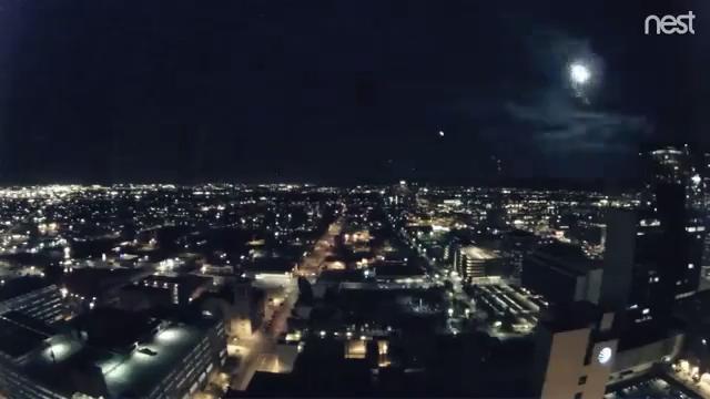 Fireball streaks across Phoenix skyline