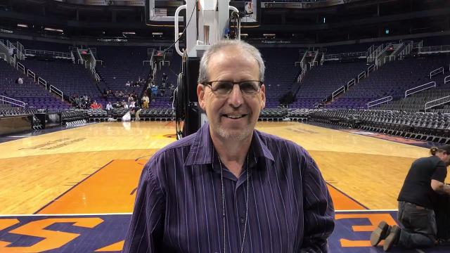 Suns Insider Scott Bordow discusses Phoenix's bench production in a win over the Bulls on Sunday.
