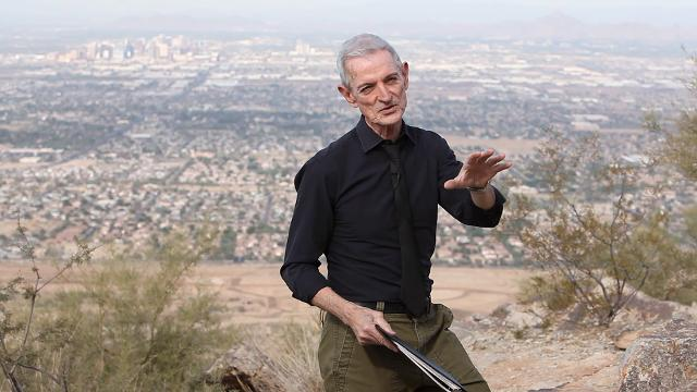 He thought it would be Arizona's landscape or its beauty. But that's not what makes columnist EJ Montini most thankful to live here.