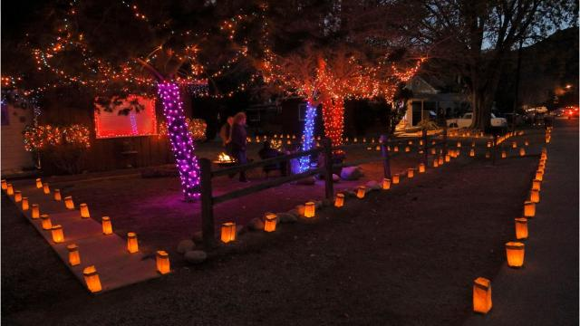Luminarias are a Southwestern Christmas tradition. Here's how to make the paper lanterns and display them in your yard.