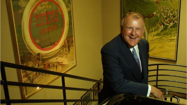 What Time Does Discount Tire Close >> Arizona S Richest Person Bruce Halle Dies