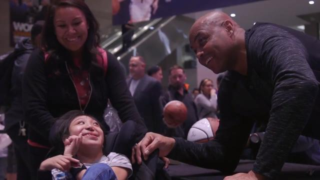 Suns greats greet fans with autographs