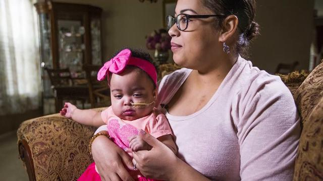Mia Welch had to have a heart transplant in 2012. In 2017, she discovered that her baby, Malaya Soares, needed one, too. Tom Tingle/azcentral.com