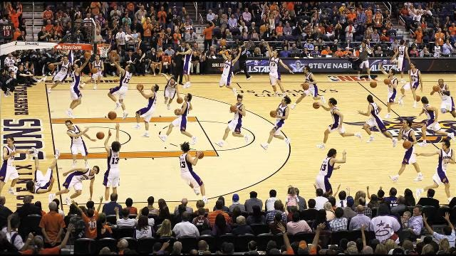 Photographer Rob Schumacher of The Arizona Republic/azcentral sports shows the many moves of two-time NBA MVP Steve Nash of the Phoenix Suns. (Audio courtesy: Phoenix Suns)