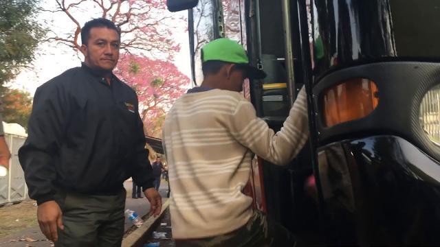 Migrant caravan moves forward