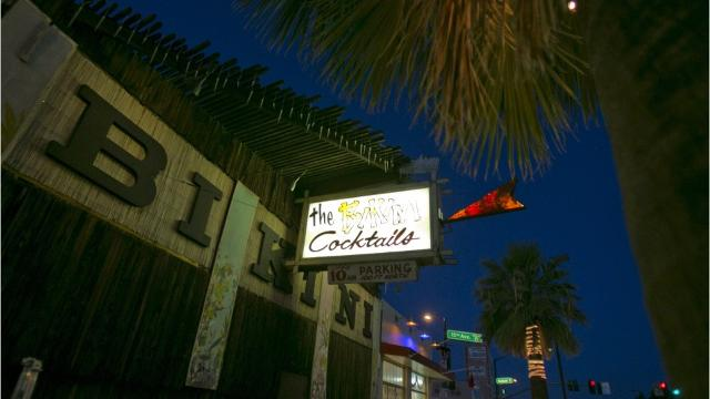 Phoenix bars open on Thanksgiving Eve and Thanksgiving Day 2018