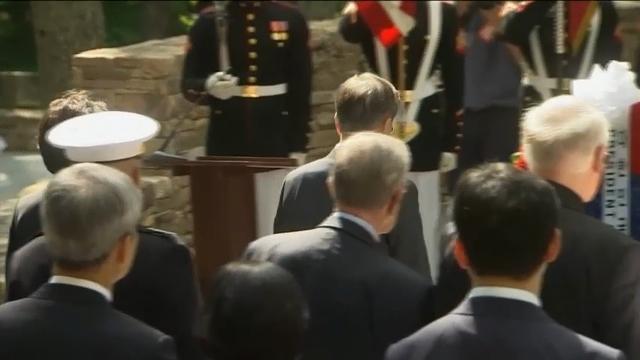SKorean President Lays Wreath at War Memorial