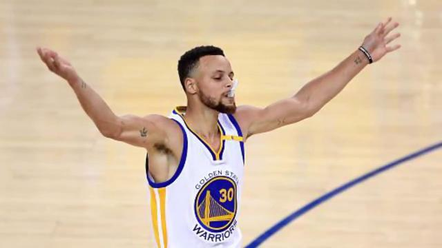 b7748e469 Steph Curry re-signs with Warriors on monster deal