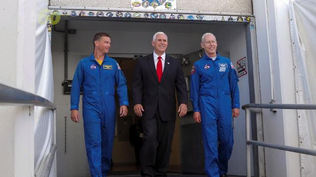 29906170001_5496224884001_5496211559001 vs?pubId=29906170001&quality=10 mike pence touches hardware labeled 'do not touch'