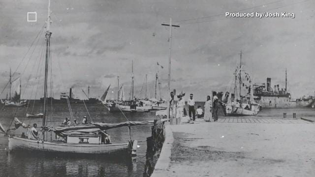 New controversy swirls over mysterious 'Amelia Earhart' photo
