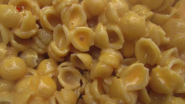 chemicals in mac and cheese