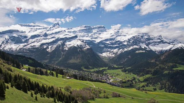 Bodies of Swiss couple missing for 75 years found on glacier