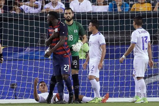 USMNT forward Jozy Altiodre gets nipple-twisted during game