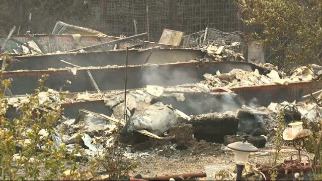 Blaze Near Yosemite Threatens Nearby Town