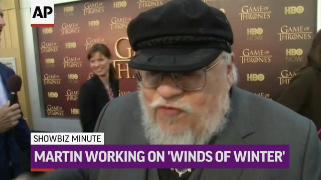 ShowBiz Minute: Bieber, Martin, Besson