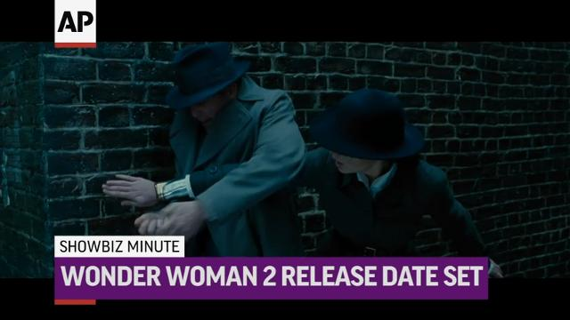 ShowBiz Minute: Sinatra, Wonder Woman, Teigen