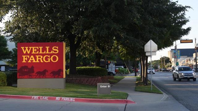 Wells Fargo Faces 1b Fine From Regulators Over Mortgage Auto Loan