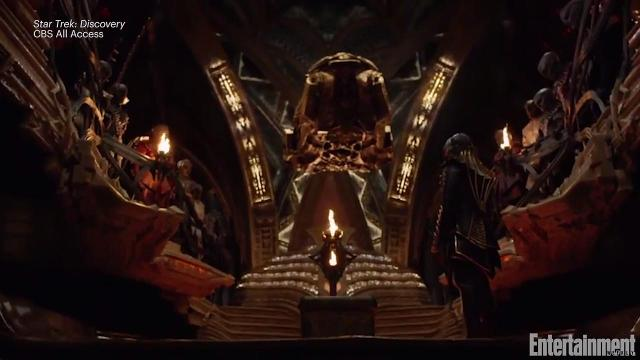 'Star Trek: Discovery' cast on what it's like to work with a Klingon